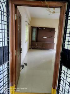 Gallery Cover Image of 1150 Sq.ft 2 BHK Apartment for rent in Adibhatla for 11000