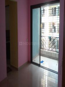 Gallery Cover Image of 700 Sq.ft 1 BHK Apartment for rent in Kalyan West for 9000