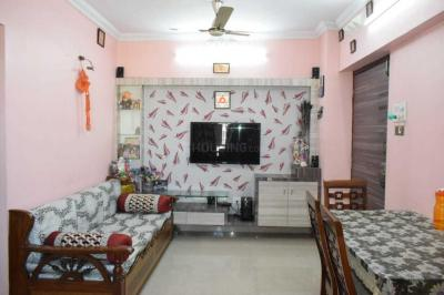 Gallery Cover Image of 650 Sq.ft 1 BHK Apartment for buy in Aman Spring, Kandivali West for 8000000