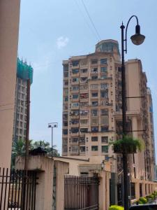 Gallery Cover Image of 1100 Sq.ft 2 BHK Apartment for rent in Kandivali East for 38000