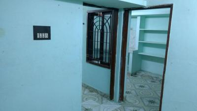 Gallery Cover Image of 550 Sq.ft 1 BHK Independent House for rent in Nesapakkam for 6000