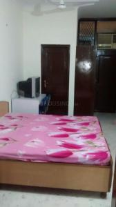 Gallery Cover Image of 250 Sq.ft 1 BHK Independent Floor for rent in Greater Kailash for 20000
