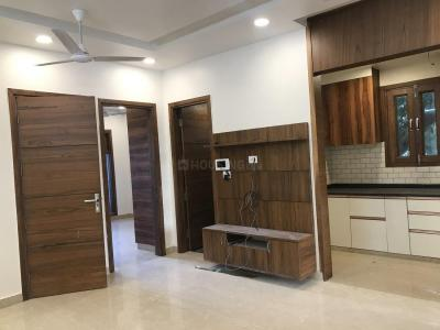 Gallery Cover Image of 950 Sq.ft 3 BHK Independent Floor for buy in Pitampura for 15800000