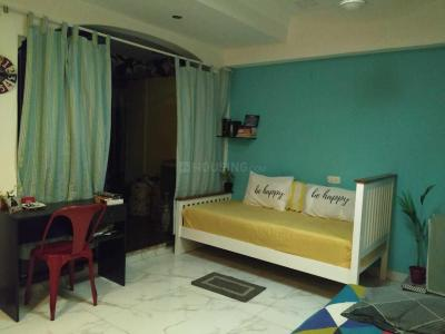 Gallery Cover Image of 300 Sq.ft 1 RK Apartment for rent in Worli for 25000
