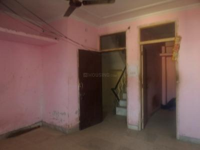 Gallery Cover Image of 410 Sq.ft 1 BHK Apartment for rent in Mehrauli for 5000