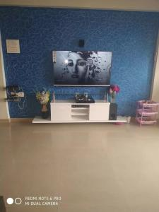 Gallery Cover Image of 1100 Sq.ft 2 BHK Apartment for buy in Malad West for 16500000