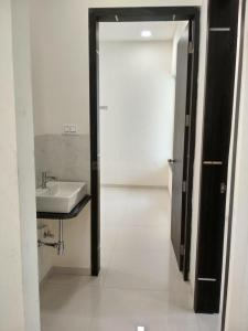 Gallery Cover Image of 1012 Sq.ft 2 BHK Apartment for buy in Thergaon for 5824000
