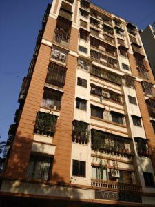 Gallery Cover Image of 652 Sq.ft 1 BHK Apartment for rent in Andheri West for 36500