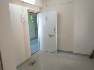 Gallery Cover Image of 305 Sq.ft 1 BHK Apartment for rent in Prabhadevi for 17000