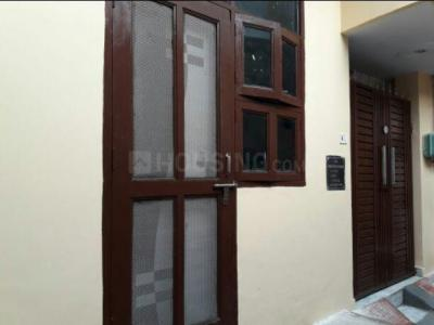 Gallery Cover Image of 750 Sq.ft 2 BHK Independent House for buy in Sector 105 for 3800000