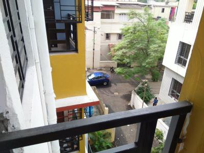 Gallery Cover Image of 1020 Sq.ft 2 BHK Apartment for buy in Tollygunge for 5650000
