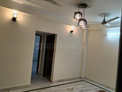 Gallery Cover Image of 750 Sq.ft 1 BHK Apartment for buy in Niti Khand for 2400000