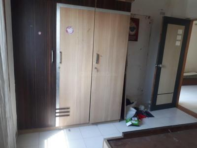 Gallery Cover Image of 927 Sq.ft 2 BHK Apartment for rent in Thaltej for 18000