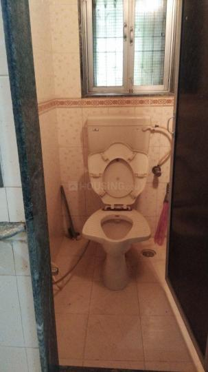 Bathroom Image of 300 Sq.ft 1 RK Apartment for rent in Lower Parel for 20000