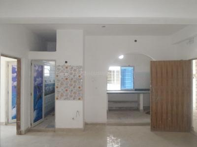 Gallery Cover Image of 905 Sq.ft 2 BHK Apartment for rent in Madhyamgram for 8000