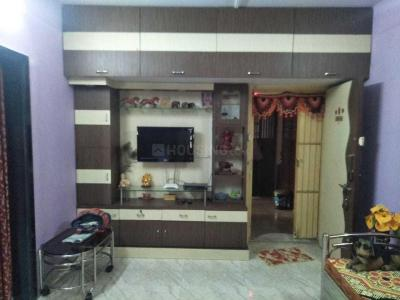 Gallery Cover Image of 807 Sq.ft 2 BHK Apartment for rent in Goregaon East for 28000