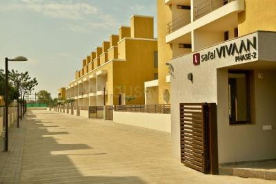 Gallery Cover Image of 2304 Sq.ft 4 BHK Villa for rent in Gota for 20000