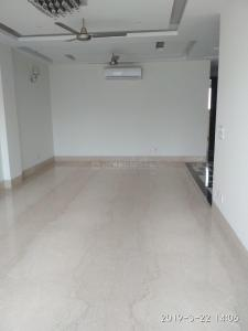 Gallery Cover Image of 1600 Sq.ft 3 BHK Independent Floor for buy in Safdarjung Enclave for 47500000