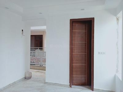 Gallery Cover Image of 1250 Sq.ft 3 BHK Apartment for buy in Mehrauli for 7100000