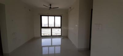 Gallery Cover Image of 1150 Sq.ft 2 BHK Apartment for rent in Wadhwa Atmosphere Phase 1, Mulund West for 36000