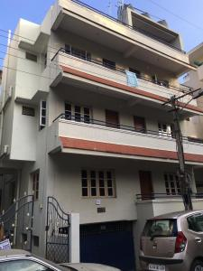 Gallery Cover Image of 1350 Sq.ft 3 BHK Independent Floor for rent in Vijayanagar for 31000