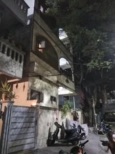 Gallery Cover Image of 1503 Sq.ft 10 BHK Villa for buy in Jubilee Hills for 25000000