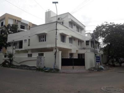 Gallery Cover Image of 4000 Sq.ft 6 BHK Independent House for rent in Kotturpuram for 275000