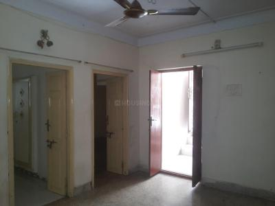 Gallery Cover Image of 900 Sq.ft 2 BHK Independent Floor for rent in Vadapalani for 13000