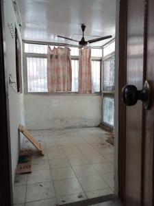 Gallery Cover Image of 1850 Sq.ft 4 BHK Apartment for rent in DDA Flats Sarita Vihar, Sarita Vihar for 37000