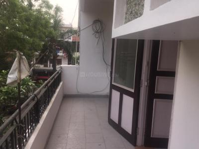 Gallery Cover Image of 400 Sq.ft 1 RK Independent Floor for rent in Sector 26 for 10000