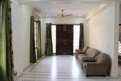 Gallery Cover Image of 2000 Sq.ft 3 BHK Independent Floor for rent in Sushant Lok I for 50000
