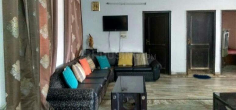 Living Room Image of PG 4194012 New Ashok Nagar in New Ashok Nagar