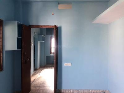 Gallery Cover Image of 550 Sq.ft 1 BHK Apartment for rent in Uppal for 5000