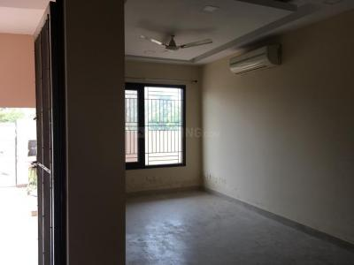 Gallery Cover Image of 2250 Sq.ft 3 BHK Independent Floor for rent in Sector 57 for 25000