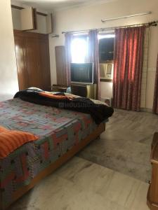 Gallery Cover Image of 1600 Sq.ft 2 BHK Independent Floor for rent in Sector 21 for 40000