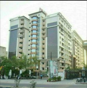 Gallery Cover Image of 1400 Sq.ft 3 BHK Apartment for buy in RK Park Ultima, Jankipuram Extension for 6700000
