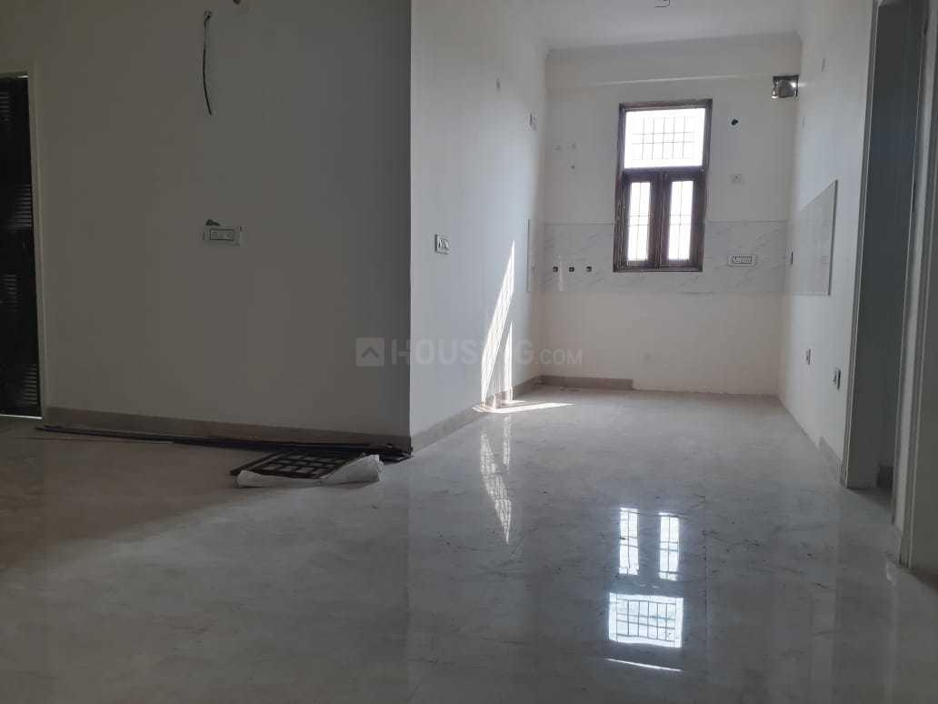 Living Room Image of 1170 Sq.ft 3 BHK Apartment for buy in Shastri Nagar for 4800000