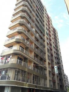 Gallery Cover Image of 695 Sq.ft 1 BHK Apartment for rent in Abhay Sheetal Complex Wing D E, Mira Road East for 15000