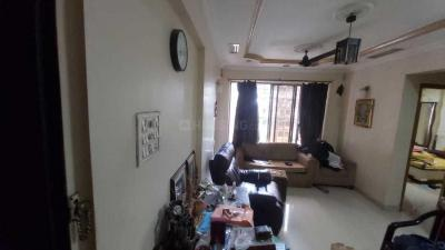 Gallery Cover Image of 550 Sq.ft 1 BHK Apartment for rent in Sadguru Complex Phase II, Goregaon East for 30000