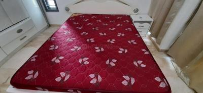 Gallery Cover Image of 650 Sq.ft 1 BHK Apartment for rent in Andheri West for 42000