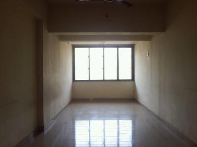 Gallery Cover Image of 1200 Sq.ft 2 BHK Apartment for rent in Seawoods for 28500