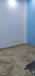 Gallery Cover Image of 1000 Sq.ft 2 BHK Independent House for rent in Jhilmil Colony for 12000