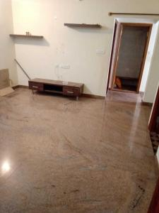 Gallery Cover Image of 950 Sq.ft 2 BHK Independent Floor for rent in Rajajinagar for 20000