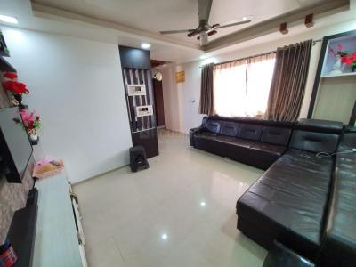 Gallery Cover Image of 1040 Sq.ft 2 BHK Independent Floor for buy in Hadapsar for 5500000