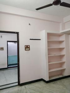 Gallery Cover Image of 900 Sq.ft 1 BHK Independent House for rent in Sholinganallur for 9500