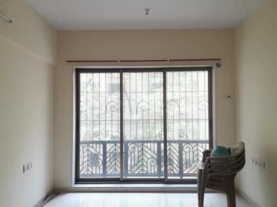 Gallery Cover Image of 680 Sq.ft 1 BHK Apartment for buy in Kandivali East for 8800000