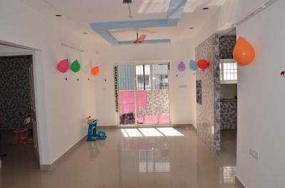 Gallery Cover Image of 1017 Sq.ft 2 BHK Apartment for rent in Creations Genesis by CREATIONS PROMOTERS & DEVELOPERS Pvt. Ltd., Semmancheri for 15000