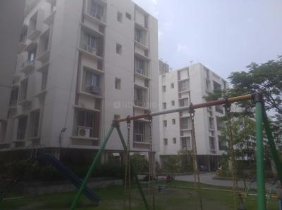 Gallery Cover Image of 905 Sq.ft 2 BHK Apartment for rent in Rameswara Waterview, Chotto Chandpur for 10000