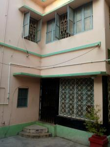 Gallery Cover Image of 500 Sq.ft 2 BHK Independent Floor for rent in North Dum Dum for 5000