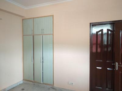 Gallery Cover Image of 1250 Sq.ft 2 BHK Apartment for rent in Gaur Green Vista, Nyay Khand for 12500